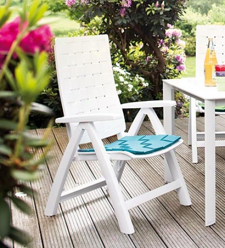 Weather-resistant Calessa Multi-position Patio Chair