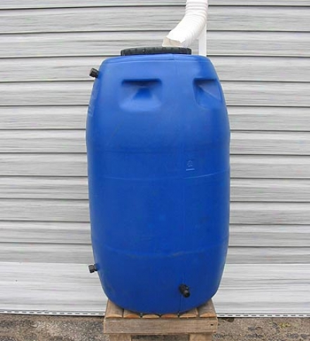 Weather-resistant Polyethylene Plastic Watter-saving 55-gallon Rain Barrel