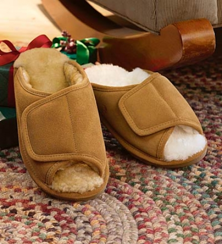 Women's Indoor/outdoor Sheepskin Side-wrap Slipper