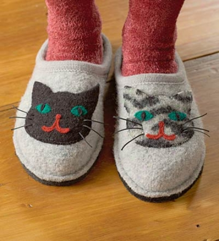 Women's Size 6 Boiled Wool Cat Slippers With Non--slip Soles