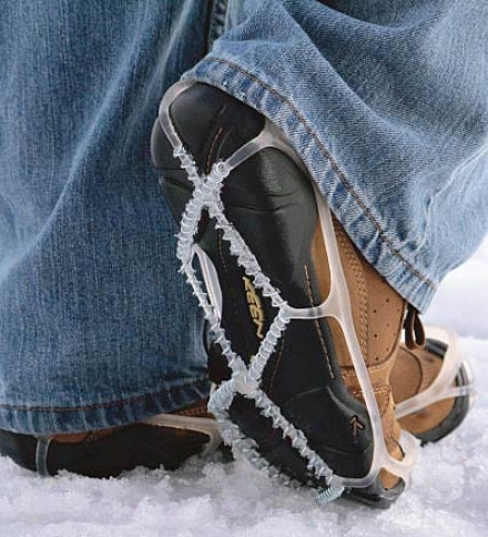 Yaktrax?? No-slip Snow Walker Profit Grips