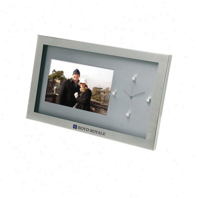 "Guerrero - 6"" X 4"" Photo Frame & Clock"