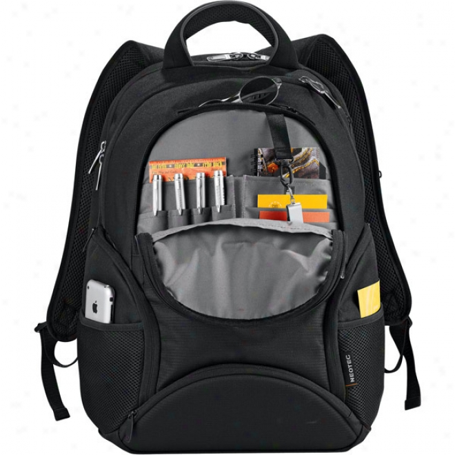 Neotec Fusion hCeckpoint-friendly Compu-backpack