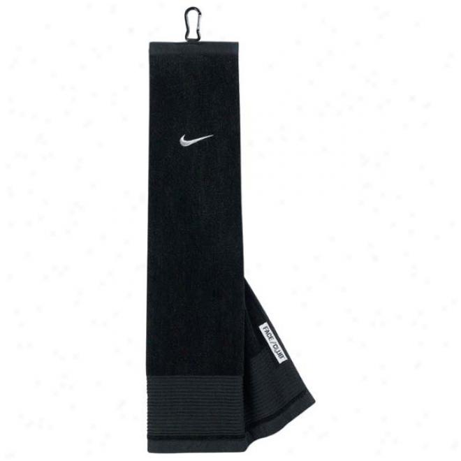 Nike Trifold Towel