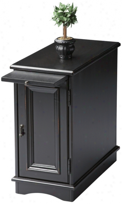 Black Licorice Chairside Chest (u4800)