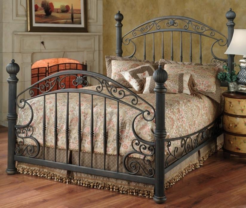 Chesapeake Grills Swain Brown Metal Bed (queen) (m6482)
