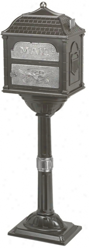 Classic Bronze Mailbox With Pedestal (93861)