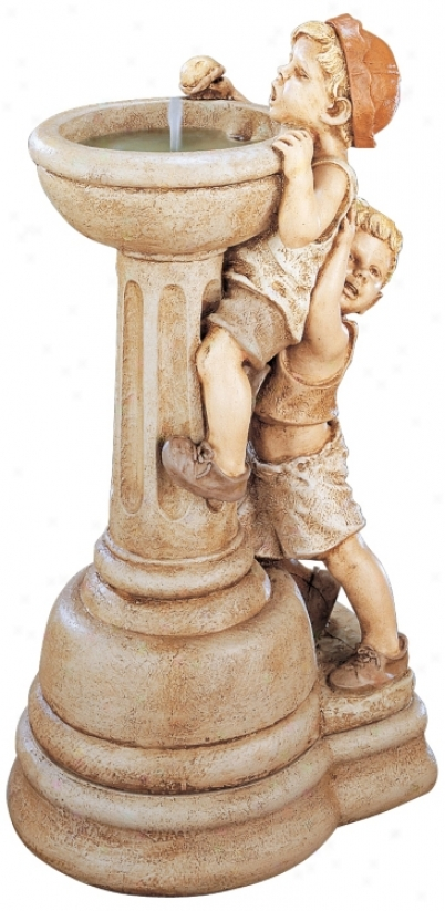 Henri Studios Willie And Wilma Outdoor Fountain (84039)