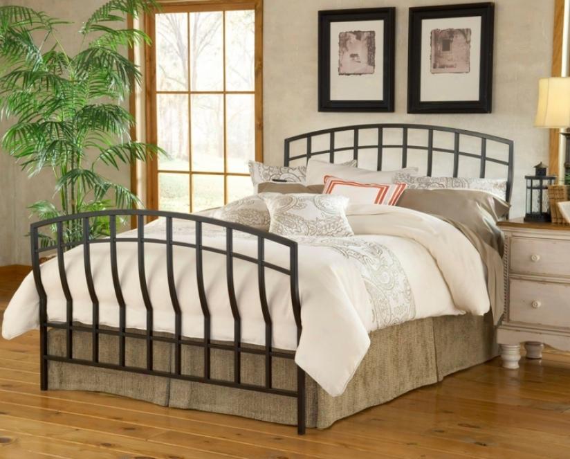Hillsdale Dakota Matte Black Bed (full) (t4175)