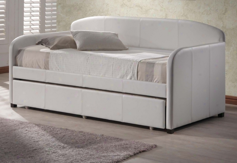 Hillsdale Springfield White Faux Leather Daybed (v9662)