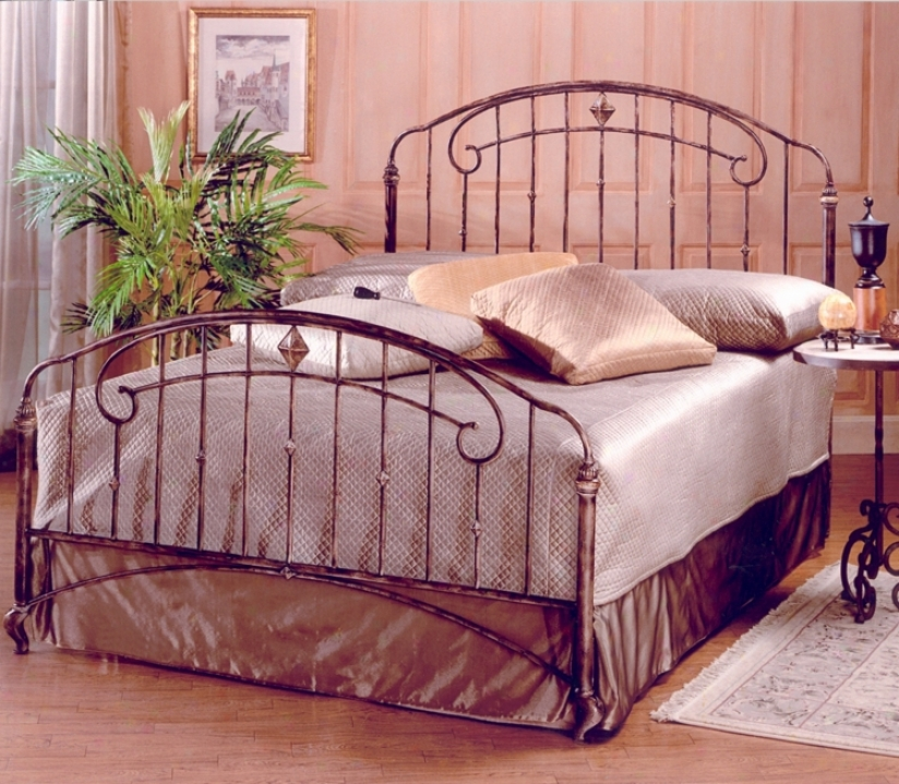 Hillsdale Tierra Mar Desert Tan Bed (queen) (t4379)