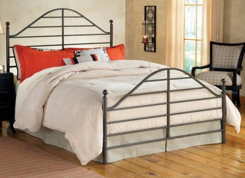 Hillsdale Trenton Magnesium Pewter Metal Bed Concrete (full) (v9635)