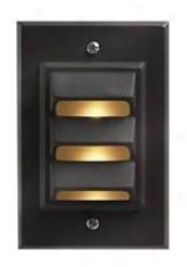Hinkley Bronze Finish Vertical Deck Light (48913)