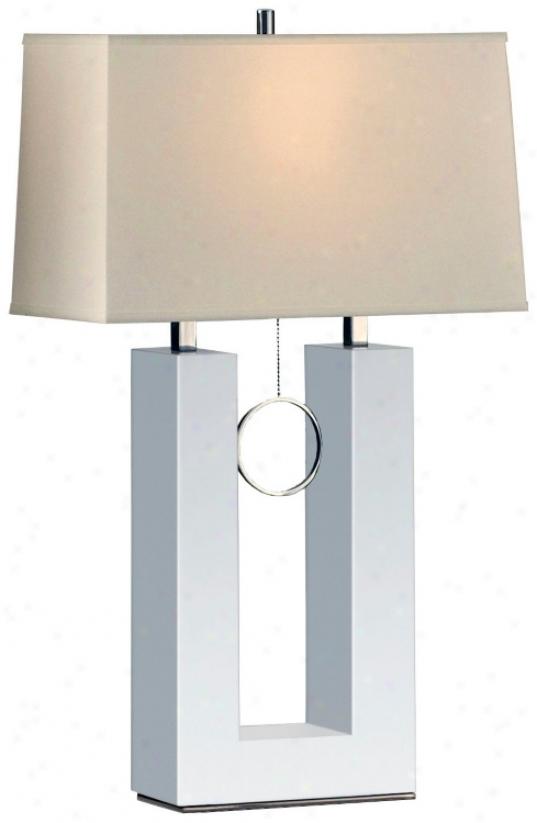 Nova Earring Reclining White Table Lamp (r3008)