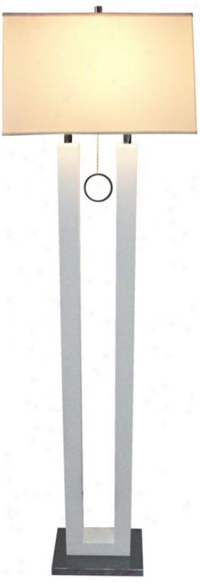 Nova Earring White Contemporary Floor Lamp (r0435)