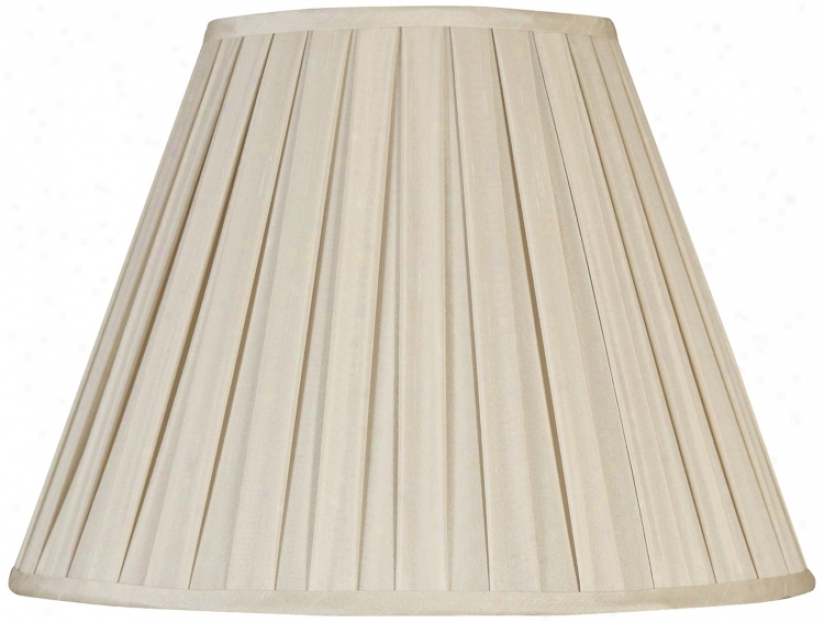 Off White Faux Silk Pleated Shade7x14x11 (spider) (r2542)