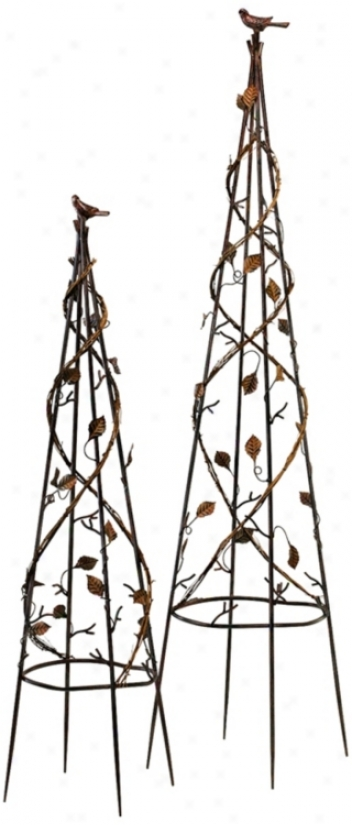 Set Of 2 Molinello Stand Garden Accents (v0923)