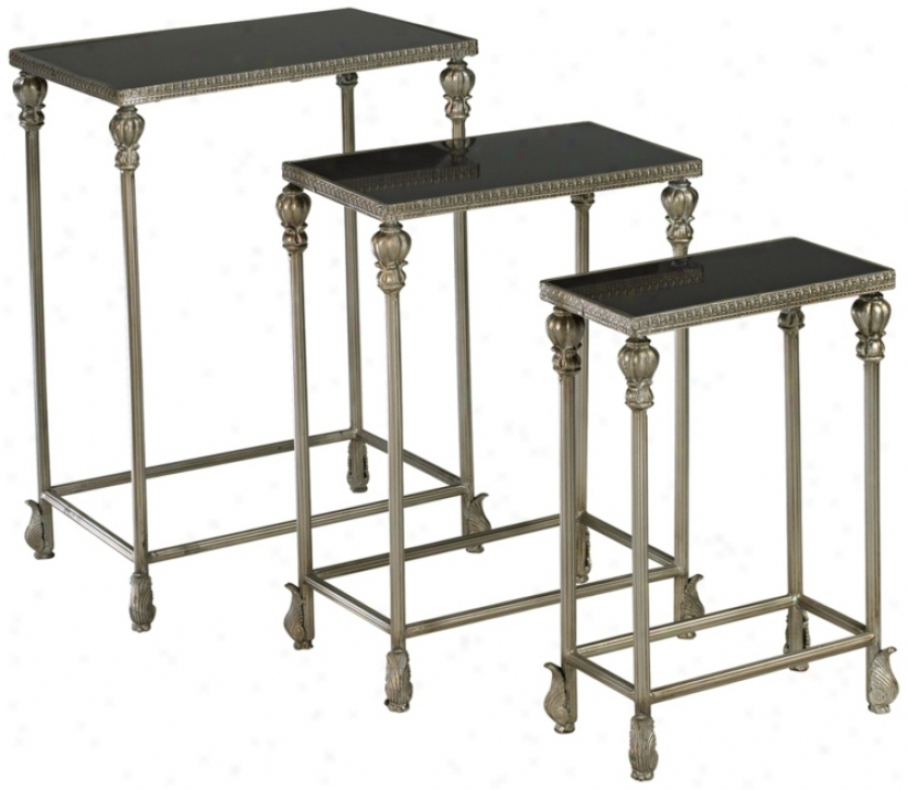 Set Of Three Livingston Nesitng Tables (n3858)