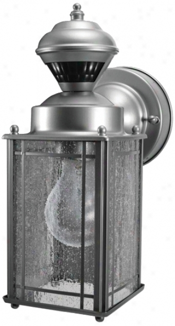 Shaker Cove Silver Finisn Energy Star® Outdoor Light (h6911)