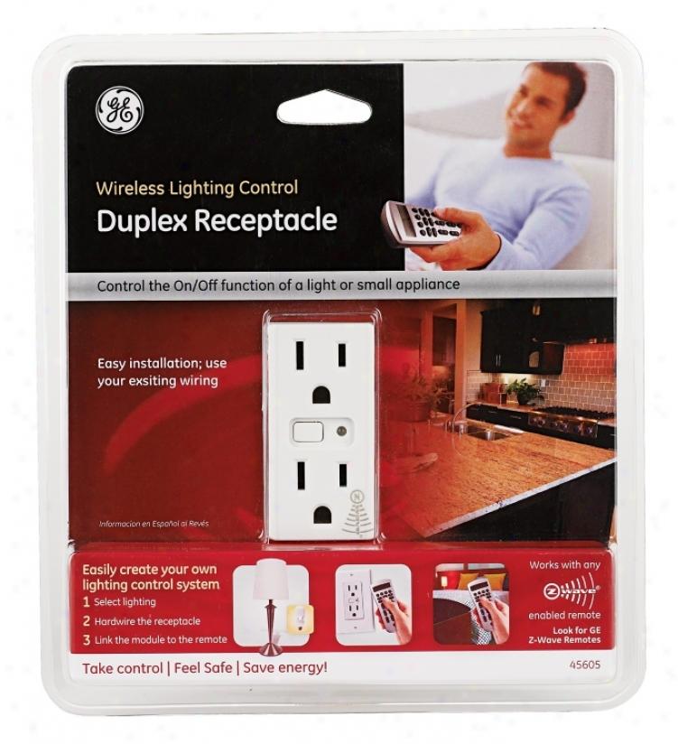 Z-wave Wireless Lighting Control Duplex Outlet (m7721)