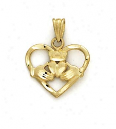 14k Claddagh In Conscience Pendant