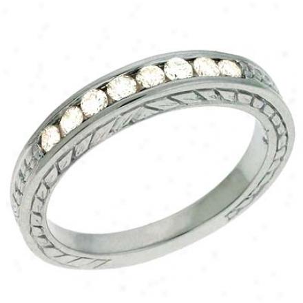 14k White 0.3 Ct Diamond Band Ring