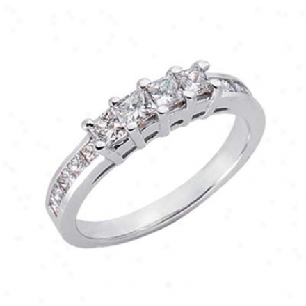 14k White 0.9 Ct Diamond Band Ring