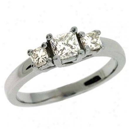 14k White 3 Stone 0.6 Ct Diamond Ring