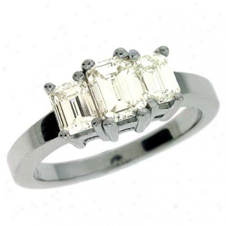 14k White 3 Stone 1.6 Ct Diamond Ring