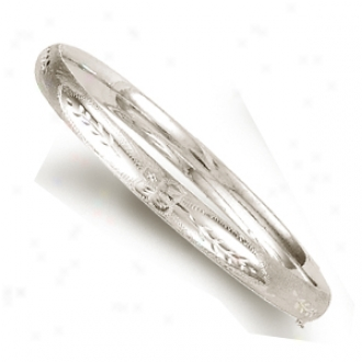 14k White 6 Mm Diamond-cut Flower Motif Bangle - 7 Inch