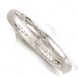 14k White 8 Mm Diamond-cut Flower Motif Bangle - 8 Inch