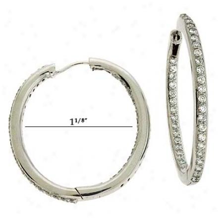 14k Happy Inner-setO val Shapde Hoop Diamond Earrings