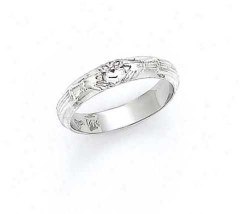 14k Pale Ladies Claddagh Circle