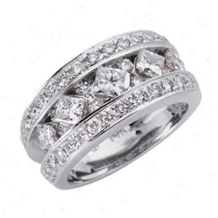 14k White Trendy 2.38 Ct Diamond Band Ring