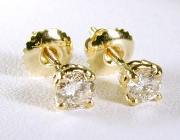.50 Ctw Round Diamond Stud Earrings (1/2ctw - Si1/2 - H-i)