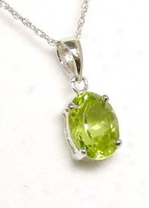 7x5 Mm Oval Peridot Solitaire Pendant
