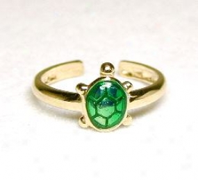 Adorable Enamel Green Turtle Toe Ring