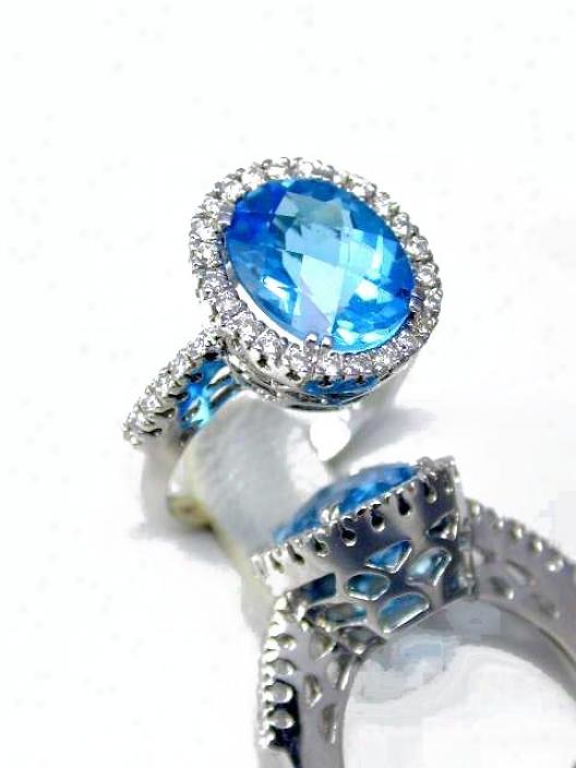 Bold Elegant Blue Topaz & Diamond Resonance
