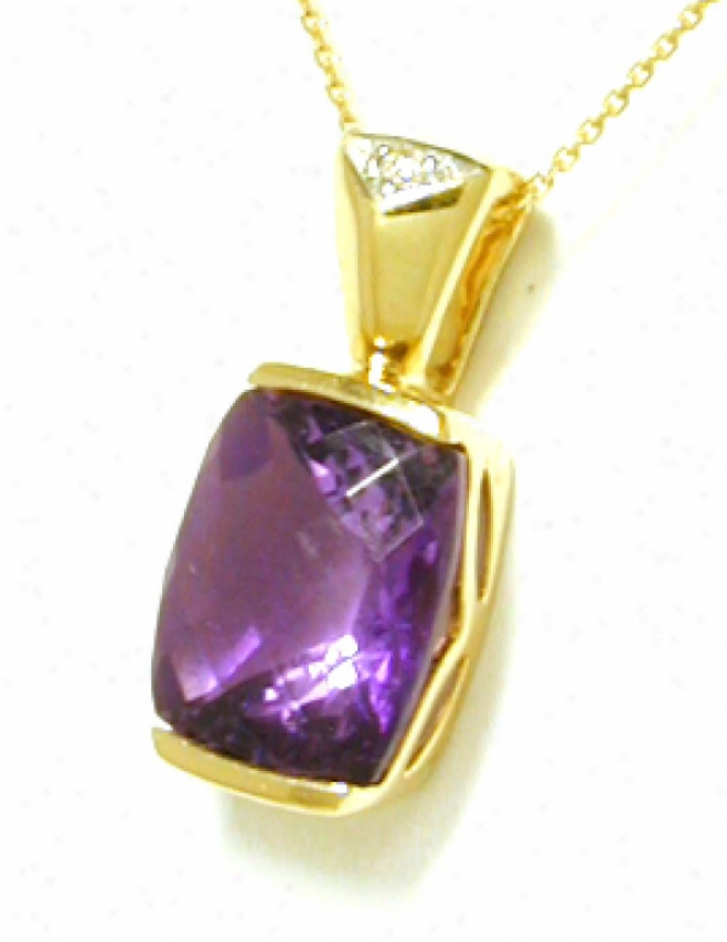 Cushion-cut Amethyst &amp ;Diamond Pendant