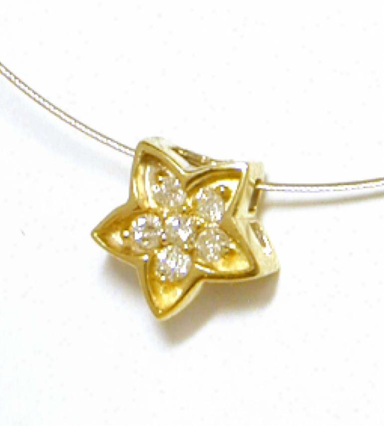 Gorgeous Diamond Flower Pendant (si2, H/i)