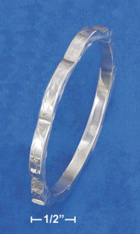 Ss 5mm Wide Hinged Etched Bangle Bracelet Scallo0ed Edges