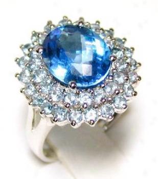 Stunning Livid Topaz Coktail Ring