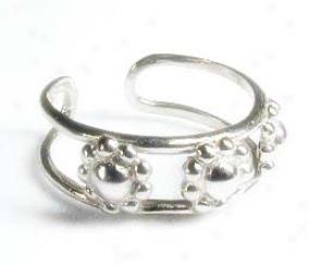 Three Flower White Toe Ring