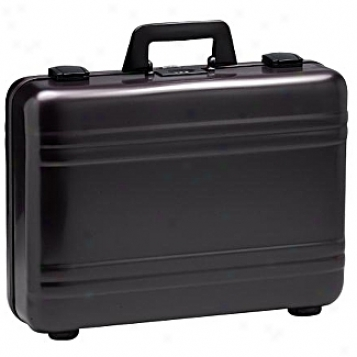 Zero Halliburton Aluminum Attaches 4in. Elite Attache Case