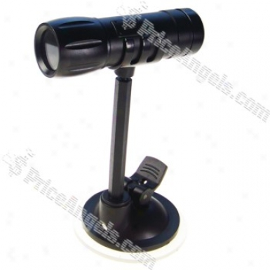 Rechargeable 300kp Pin-hole SpyA v Camera Disguised As Flashlight With Micro Sd / Tf Card Slot And Car Bracket