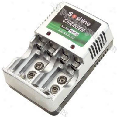 Soshine Digital Aaa/aa/9v Battery Ac Charger(100-240v)
