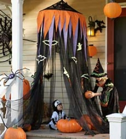 """30"""" Diameter Black Netting Monstrously Huge Halloween Hideaway"""