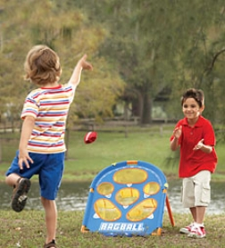 "Bagball Game With 6 Beanbags And 32"" Reversible Board"