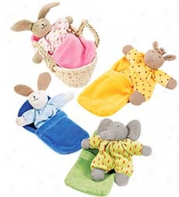 Dimple Animal With Basket And Fleece Blanket Set