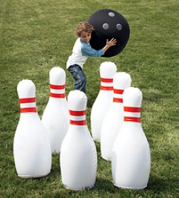 Indoor/outdoor Giant Inflatable Bowling Courageous